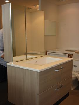 Mobile bagno sospeso con specchio contenitore Olmo