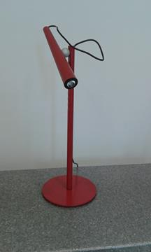 Lampada tavolo MAGNETO di Foscarini in promozione