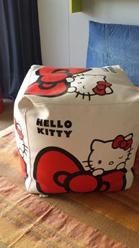 Grazioso pouff Hello Kitty