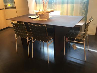 ARRITAL tavolo da pranzo Paperstone Siena