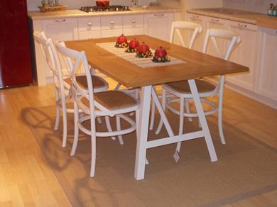 tavolo in rovere naturale con 4 sedie
