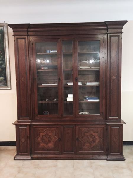 mobile vetrina collezione antiquariato arte brotto