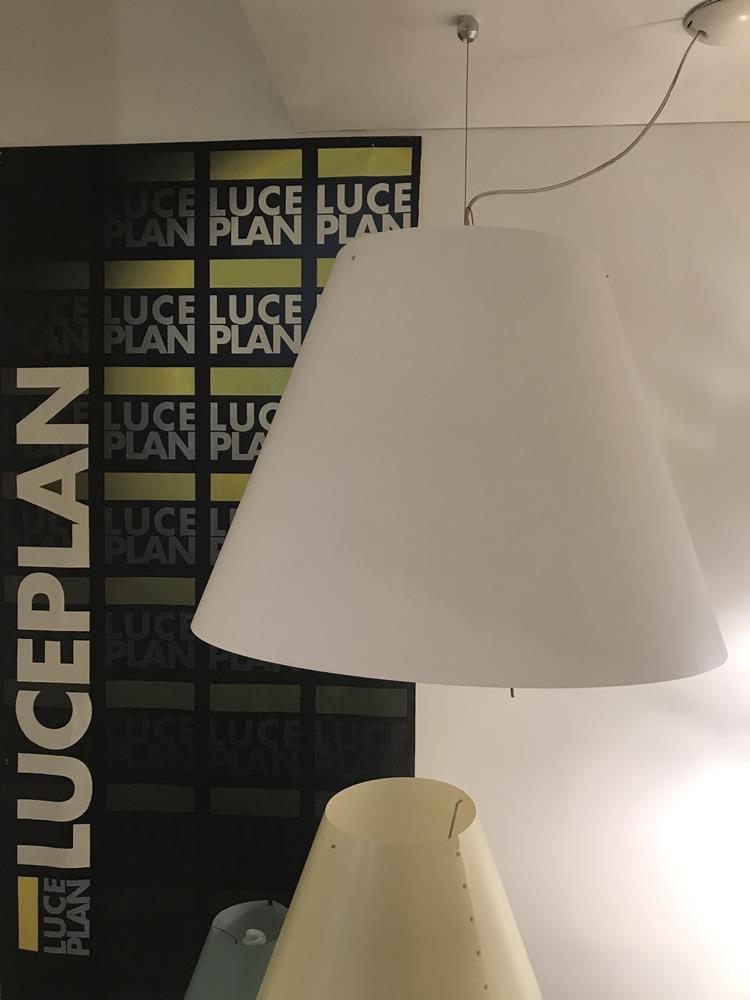 """Lampada """"Grande Costanza"""" di Luceplan in promo"""