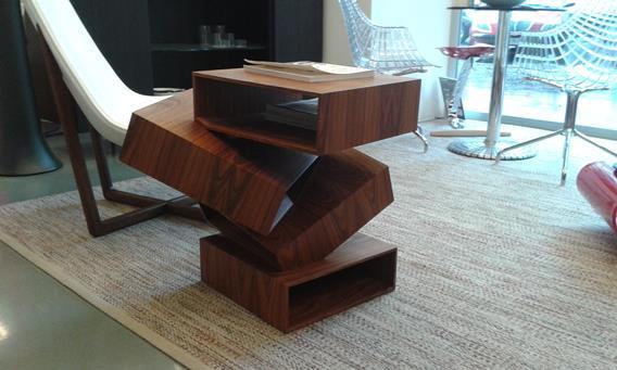 Tavolino BALANCING BOXES di Porro in promozione