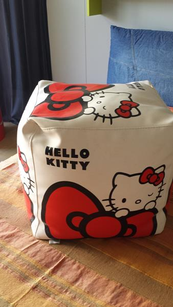 Grazioso pouff Hello Kitty