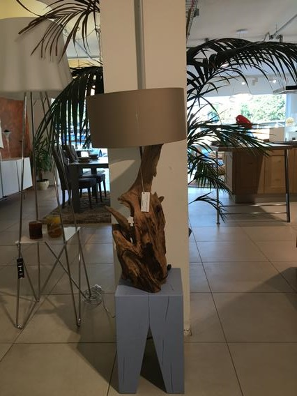 LAMPADA RADICE IN LEGNO