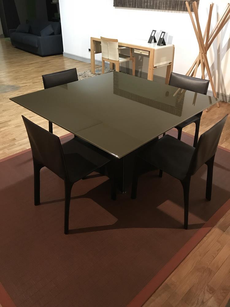 Tavolo Tent di Matteo Grassi