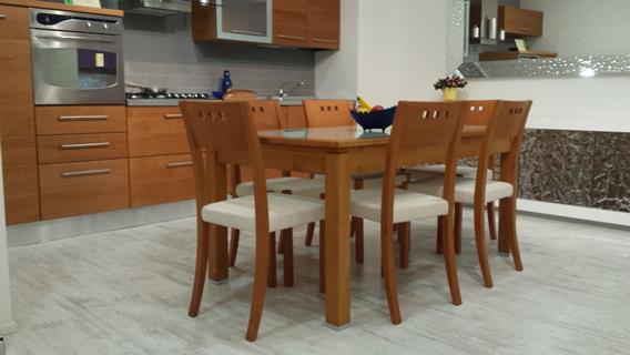 Gruppo tavolo e sedie ciliegio massello