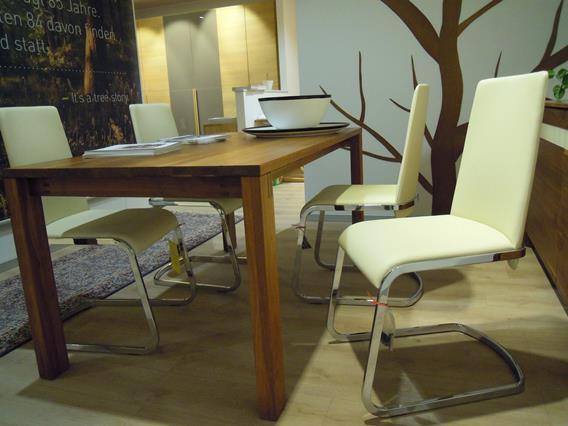 Quattro sedie in vera pelle
