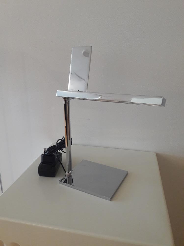 Lampada D'E-LIGHT by Philippe Starck