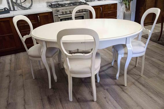 ESSENZA tavolo ovale laccato anticato+4 sedie imb