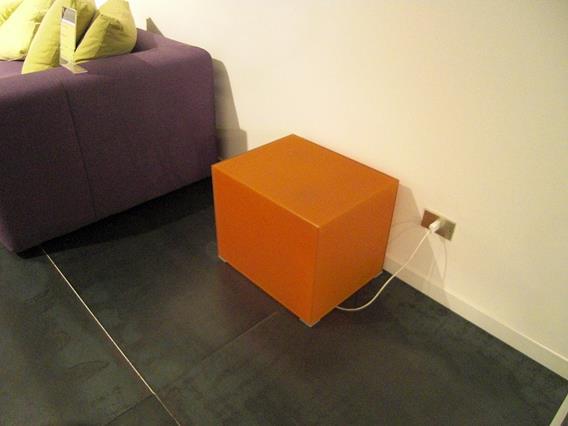 tavolino cubo luminoso